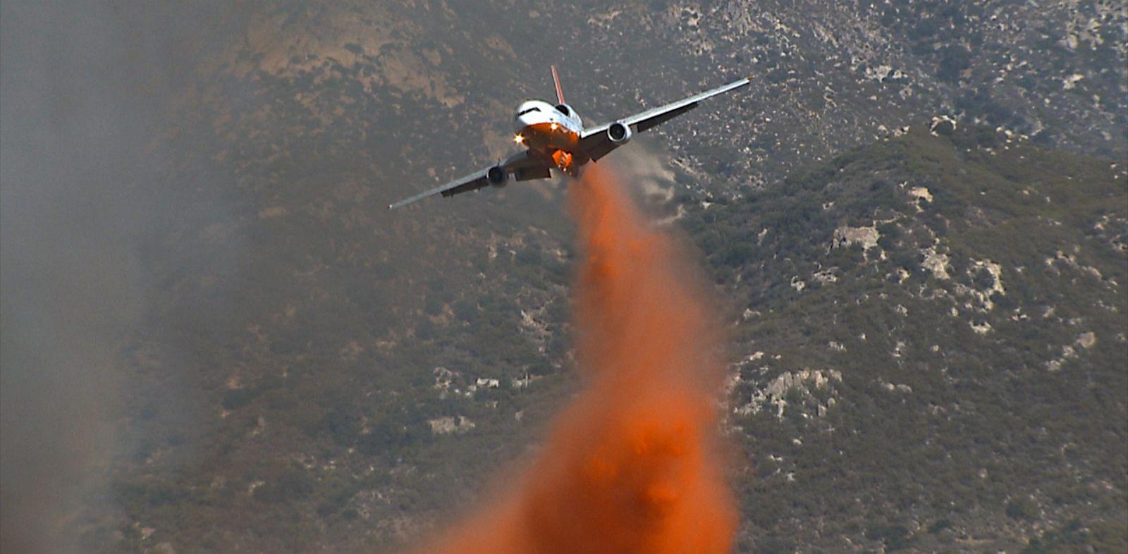 PHOTO: Firefighting airplane