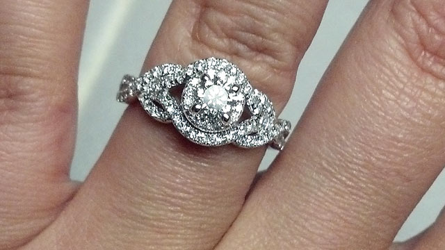 PHOTO: Kimberly Clarkson asked The ABC News Fixer to help her with her engagement ring woes.