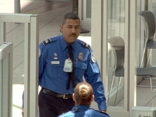 US Airline Passengers Claim TSA Ignoring Their Theft Reports