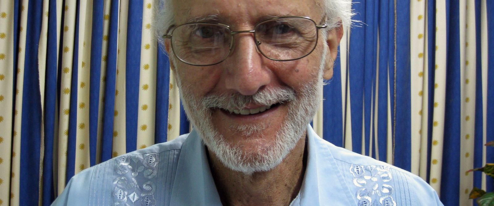 PHOTO: In this Nov. 27, 2012 file photo provided by James L. Berenthal, jailed American Alan Gross poses for a photo.