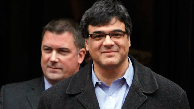PHOTO: Former CIA officer John Kiriakou, right, accompanied by his attorney John Hundley, leaves Federal Court in Alexandria, Va. in this Jan. 23, 2012 file photo.