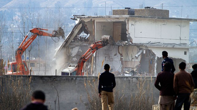 ap_osama_bin_laden_pakistan_compound_demolition_ll_120227_wg.jpg