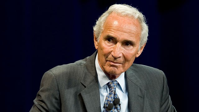 PHOTO: Sandy Koufax participates in a discussion to help raise money for the Joe Torre