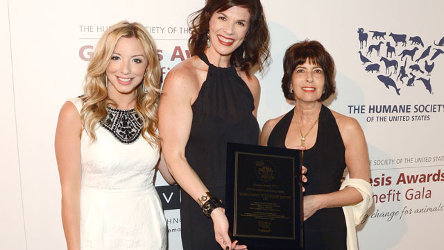 PHOTO: TV news producer Megan Chuchmach, producers Cindy Galli and Rhonda Schwartz pose backstage with the Outstanding National News award at The Humane Society of the United States 2013 Genesis Awards Benefit Gala a