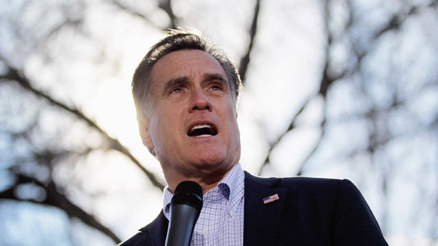 PHOTO: Republican presidential candidate and former Massachusetts Gov. Mitt Romney speaks during a campaign rally at Wofford College on Jan. 18, 2012 in Spartanburg, South Carolina.