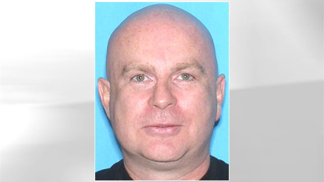 PHOTO: Alec Simchuk is wanted for his alleged involvement in conspiring to defraud unwitting out-of-state businessmen and tourists out of thousands of dollars in the South Beach area of Miami, Florida.