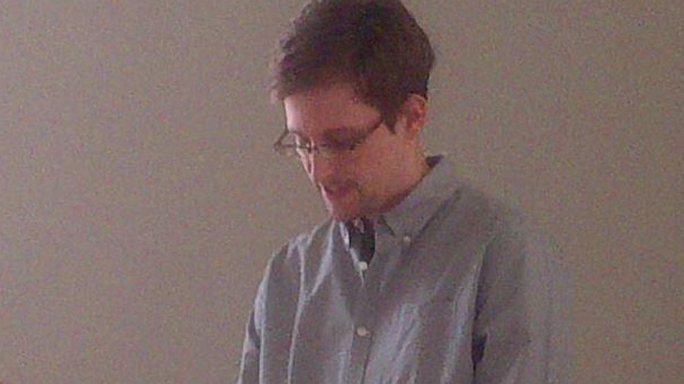 PHOTO: Alleged NSA leaker Edward Snowden meets with human rights officials in a Moscow airport.