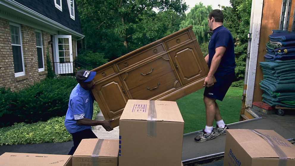 PHOTO: Furniture movers