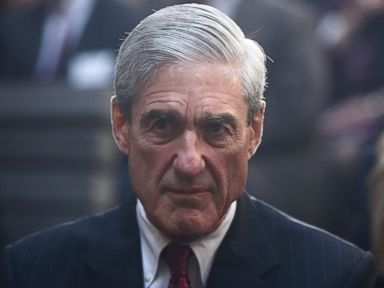 More texts turned over from FBI agent taken off Mueller team