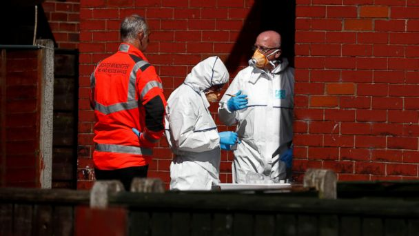 PHOTO: Police investigators work at residential property in south Manchester, Britain May 23, 2017.