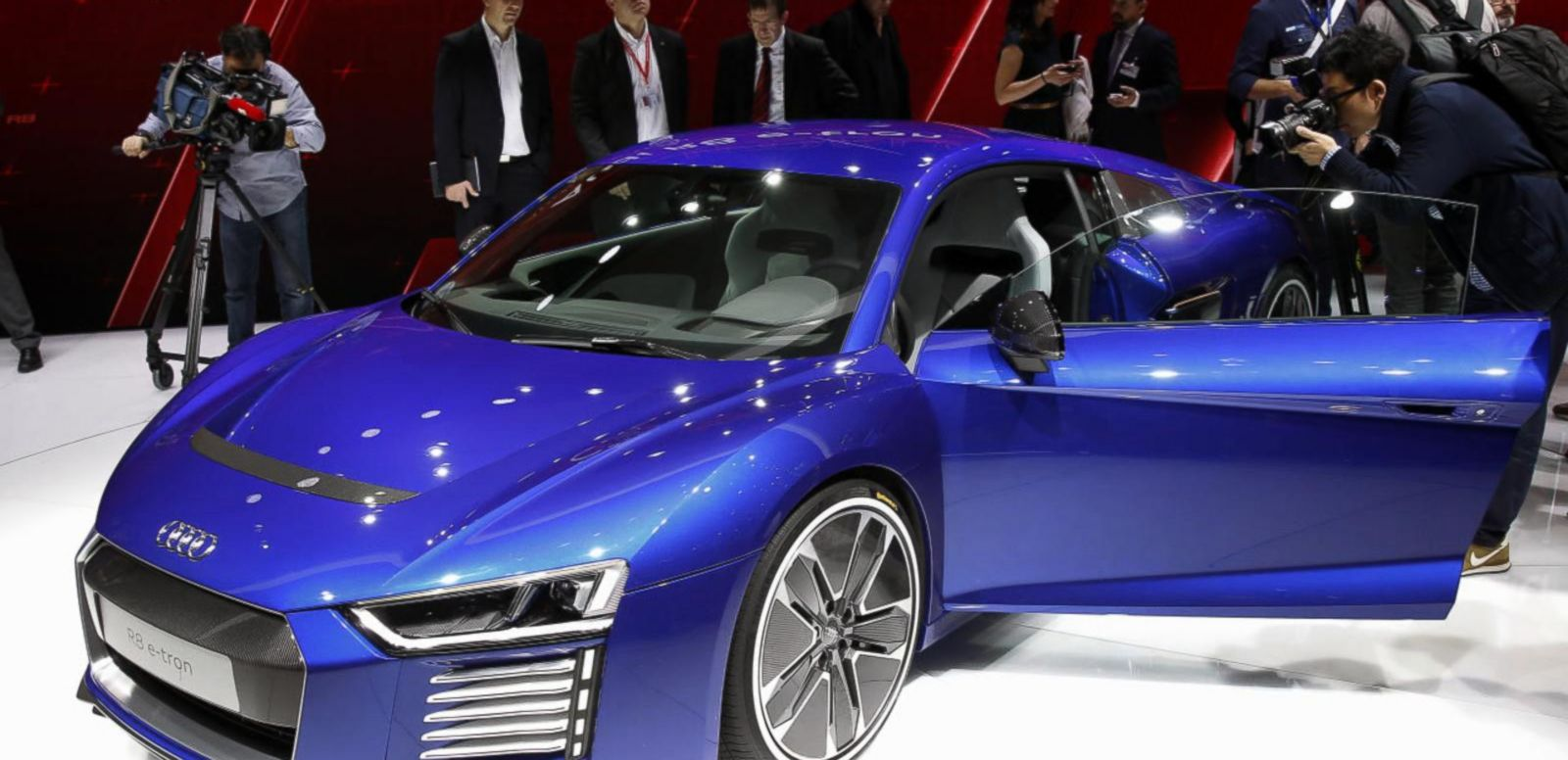 VIDEO: Auto Buyers Spending More to Upsize