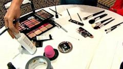 PHOTO: makeup kit