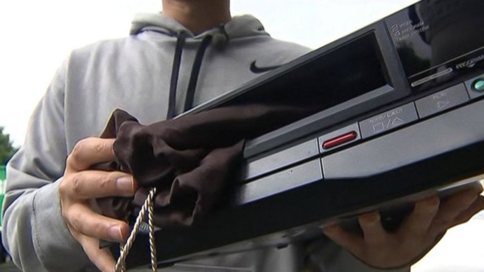 PHOTO: A family accidentally recycles a VCR with $6,000 in it.