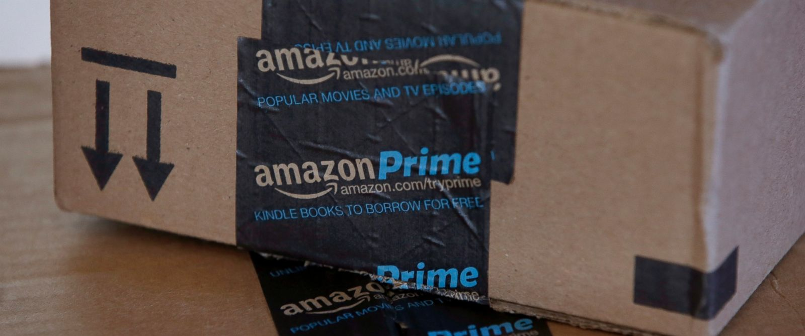 PHOTO: Amazon.com boxes in are pictured in Phoenix on June 4, 2014.
