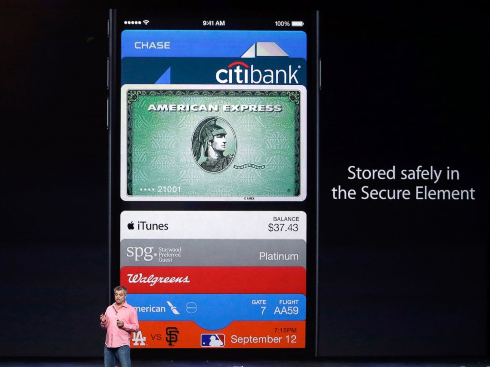 PHOTO: Eddy Cue, Apple Senior Vice President of Internet Software and Services, discusses the new Apple Pay product, Sept. 9, 2014, in Cupertino, Calif.