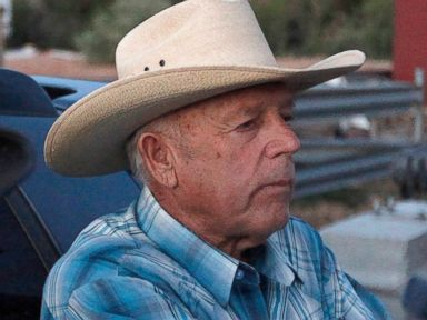 Nevada Rancher Vows 'Range War' Against Federal Agents