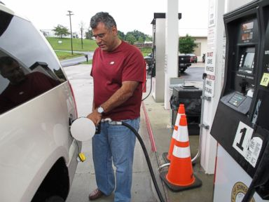 Town Battles High Gas Prices with Public Fuel Center