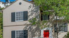 Martin Short Buys LA Cottage