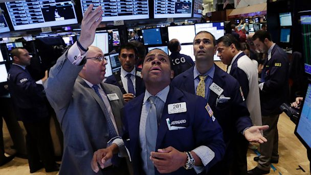 AP wall street nyse jt 130810 16x9 608 Top 5 Business Stories Youll Care About This Week