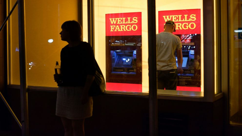 http://a.abcnews.com/images/Business/AP_wells_fargo_cf_160926_16x9_992.jpg