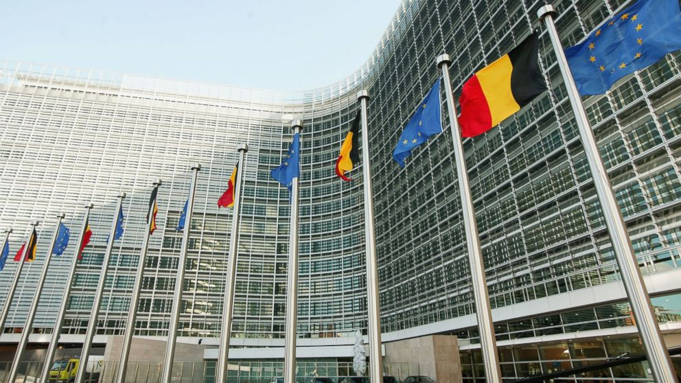 European Union hits Apple with 13 billion euro Irish tax demand