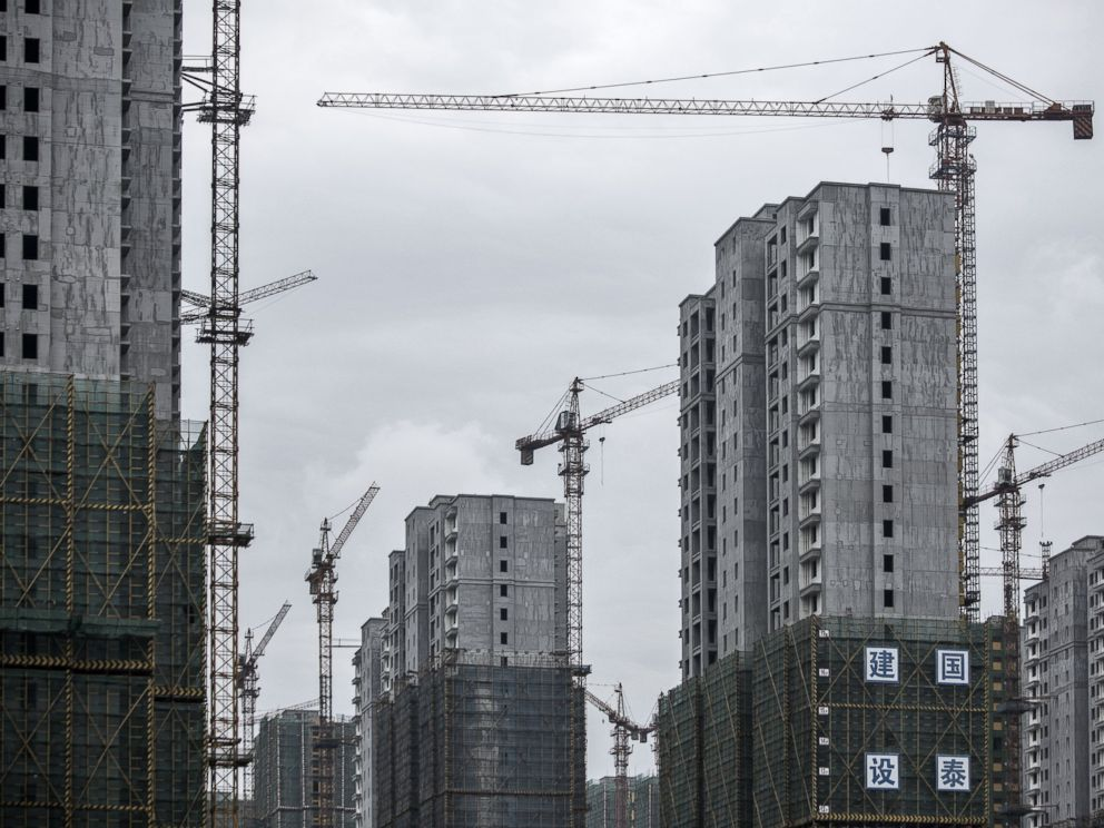 PHOTO: Cranes stand idle at buildings under construction in Hangzhou, China, Sept. 5, 2016.