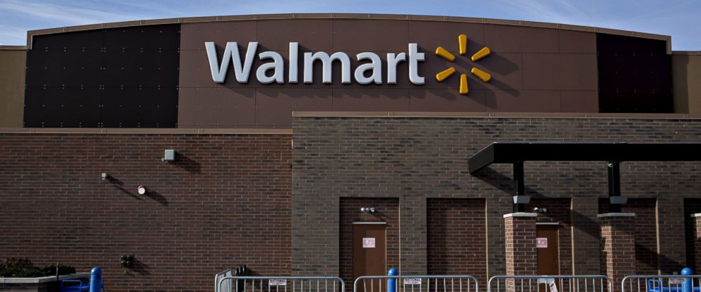 PHOTO: Temporary security fencing sits outside a Wal-Mart Stores Inc. location on Nov. 25, 2015 in Chicago.