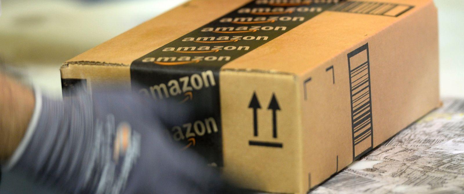 PHOTO: An employee prepares an order at Amazons fulfillment center in San Bernardino, Calif., Oct. 29, 2013.