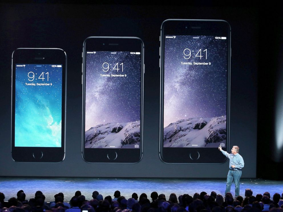 PHOTO: Apple Senior Vice President of Worldwide Marketing Phil Schiller announces the new iPhone 6 during an Apple special event at the Flint Center for the Performing Arts, Sept. 9, 2014, in Cupertino, Calif.