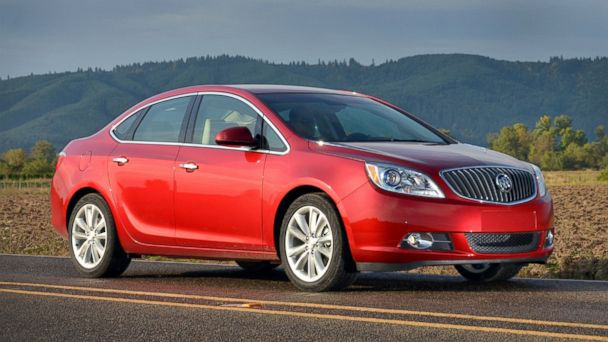 PHOTO: 2012 Buick Verano