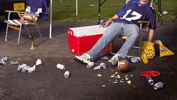 GTY drunk football fan injury sk 140129 16x9 608 One Factor Behind Most Super Bowl Crowd Injuries