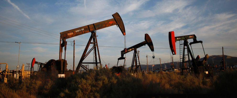 PHOTO: Pump jacks and wells are seen in an oil field on the Monterey Shale formation where gas and oil extraction using hydraulic fracturing, or fracking, is on the verge of a boom, March 23, 2014, near McKittrick, Calif.