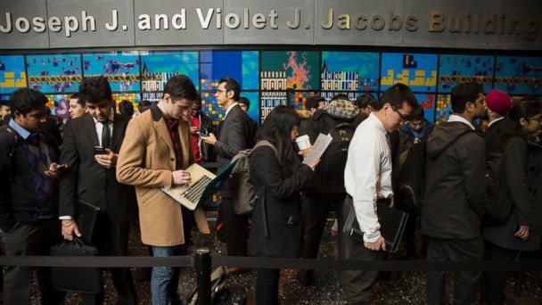 PHOTO: Students wait in line before the start of an engineering and technology career fair at the New York University (NYU) Polytechnic School of Engineering in the Brooklyn borough of New York, Feb. 12, 2015.