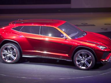 PHOTO: The Lamborghini SpA Urus sport-utility concept vehicle is unveiled during a Volkswagen AG event in Beijing, April 22, 2012.