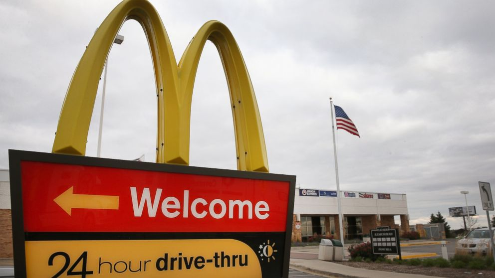 PHOTO: A McDonalds restaurant in Des Plaines, Illinois is pictured in this file photo, taken on October 24, 2013.