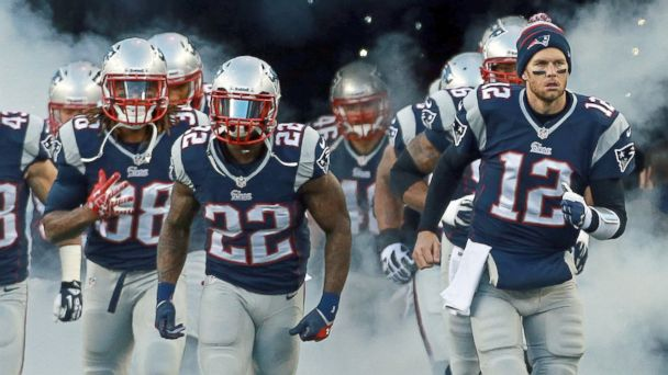 PHOTO: New England Patriots quarterback Tom Brady, #12, leads his team onto the field for the start of the game against the Pittsburg Steelers, Nov. 3, 2013.