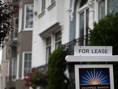 PHOTO: A for lease sign is posted in front of home for rent on April 21, 2015 in San Francisco. Fewer millennial households own their home since at least 1994, according to new data released by the U.S. Census Bureau.