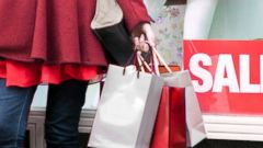 PHOTO: While all of us are at risk of becoming a victim of identity theft this holiday shopping season, theres an even bigger problem consumers need to watch for.