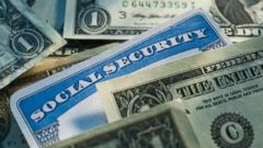 PHOTO: Here is a way to get 30 percent more from your social security for your retirement.