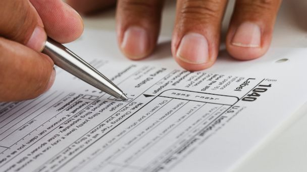 PHOTO: If you want to have a tough tax season, just make one of these five serious tax errors.