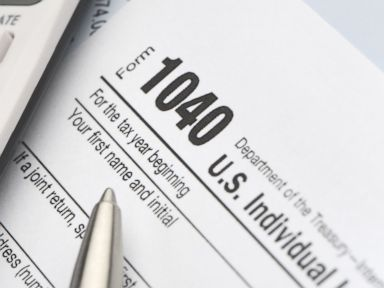 Millions Illogically Dawdle Until End to File for Tax Refunds