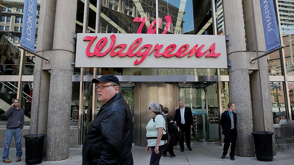 PHOTO: Walgreens To Offer Private Health Covera