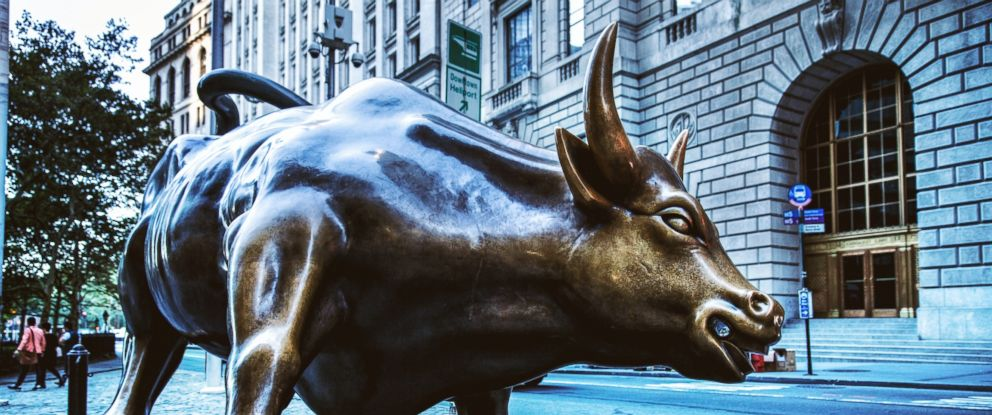 PHOTO: The bull of Wall Street, Sept. 26, 2014, in New York.