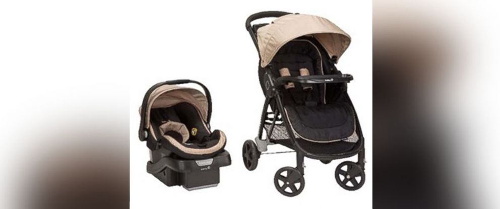 PHOTO: 20,000 strollers like these are being recalled after being found to have a defect that could allow a child to fall out.