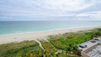 PHOTO: Alex Rodriguez Sells Miami Beach Condo
