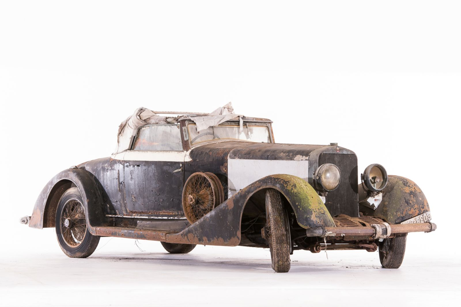 Rare Cars Discovered in French Barn to Be Auctioned Photos | Image ...
