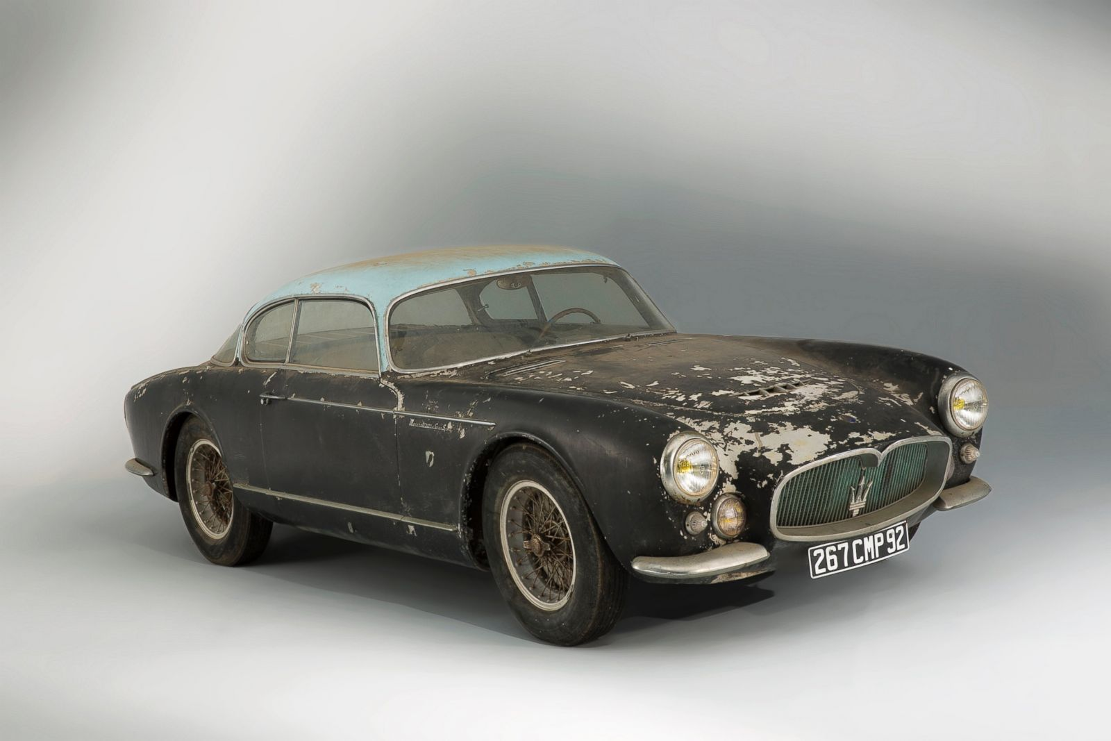 Rare Cars Discovered In French Barn To Be Auctioned Photos Image