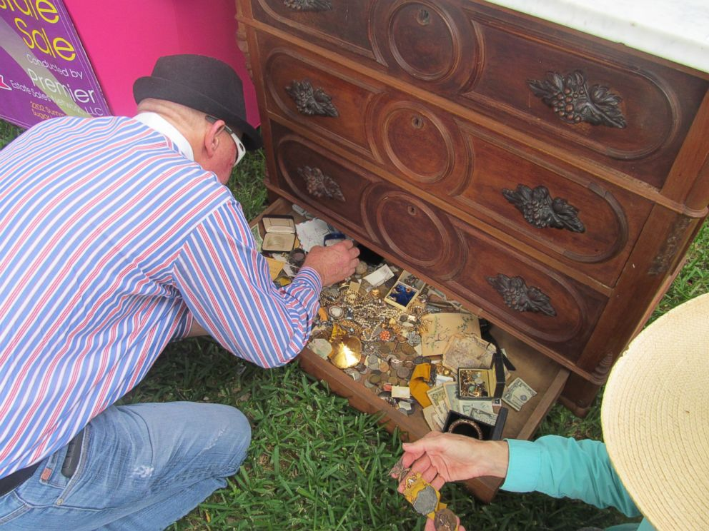 Texas Man Finds Treasure Hidden in Chest From Estate Sale ABC News