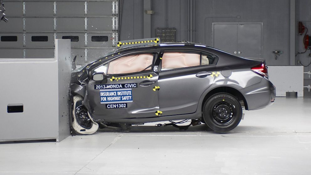 2009 Chrysler pt cruiser crash test #5