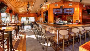 PHOTO: Hooters unveils new contemporary design in Atlanta.